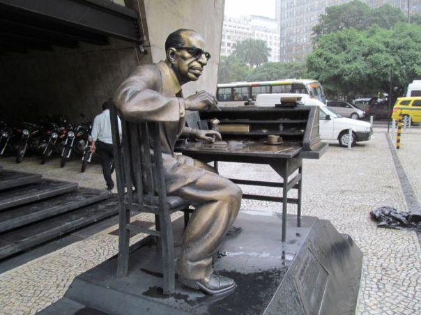 Rio  Sculpture